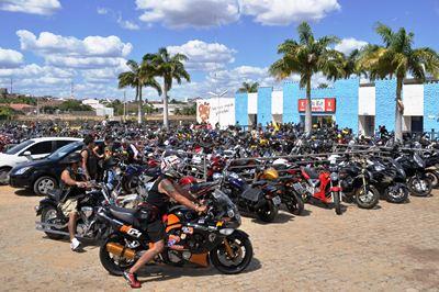 Resultado de imagem para imagens do Cactus Moto Fest de Currais Novos