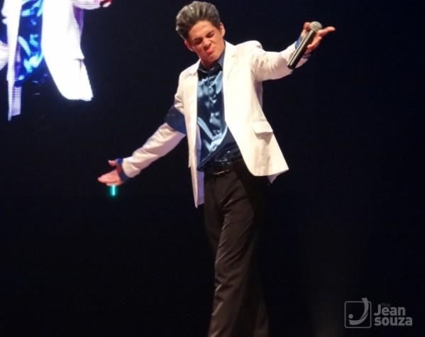 O público não economizou nos aplausos para o jovem humorista Lucas Veloso.