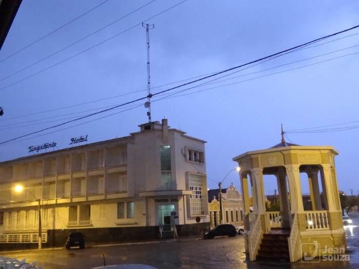 Coreto Guarani e Tungstênio Hotel.