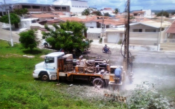 Vários poços serão perfurados em bairros de C. Novos.