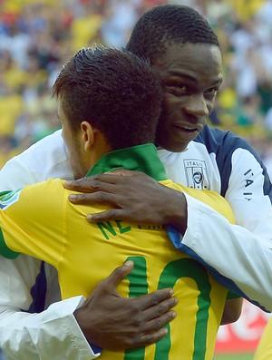 Jogador italiano deixa mensagem aos brasileiros e declara apoio à seleção de Felipão.