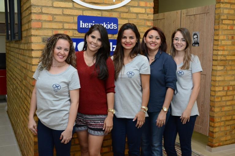 A empresária Thatiana Laís e suas colaboradoras inauguraram a maior franquia de varejo qualificado do Brasil, a Basic Hering.