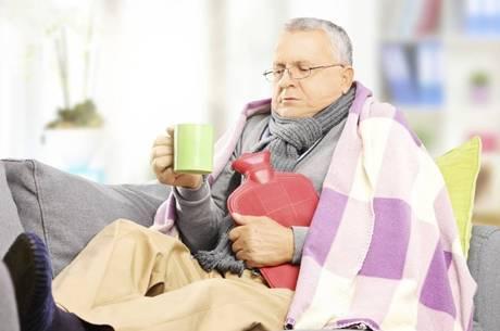 Todo cuidado é pouco em épocas mais frias, principalmente para os idosos.