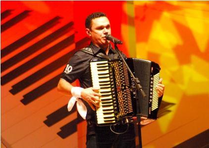 Amazan, Nando Cordel, Frank Aguiar e Thiago Farra serão as atrações de hoje (20) em Campina Grande.
