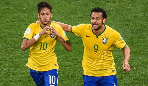 Neymar e Fred foram protagonistas de 3 dos 4 gols contra a seleção de Camarões ontem (23).