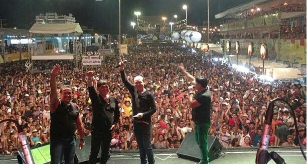 Além da Grafith, se apresentou também o cantor Zé Ramalho para um público de aproximadamente 100 mil pessoas.