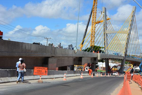 Prefeitura de Natal promete concluir e já liberar para tráfego de veículos a maioria das obras no entorno da Arena das Dunas.