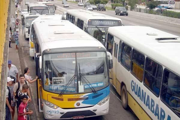 Em Natal, frota de ônibus retorna a circulação.