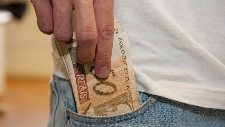 Contribuintes que declararam o Imposto de Renda podem sacar a restituição.