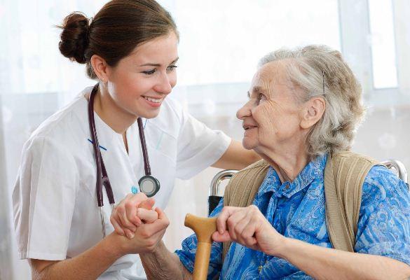 Plano de saúde pra idosos tem mostrado preço abusivo.