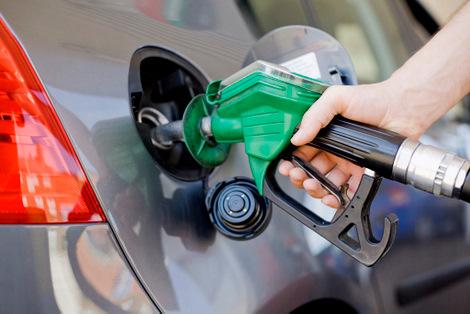 Gasolina pode sofrer reajuste.