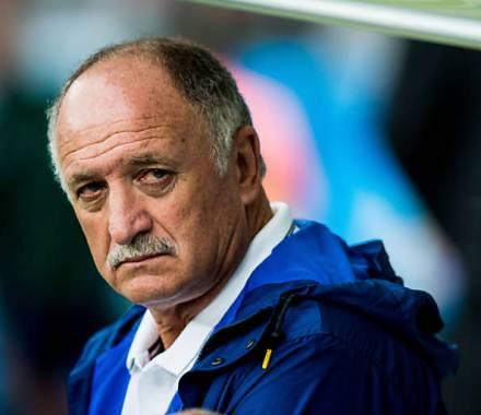 Felipão deixa comando da seleção brasileira.