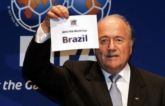 O presidente da Fifa elogiou a organização do Brasil e disse que a Rússia terá uma missão muito maior de agora em diante.