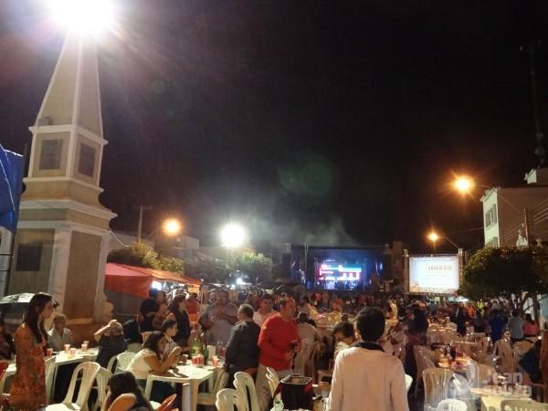 206 anos dos festejos de Sant'Ana em Currais Novos é comemorados pela população com alegria.