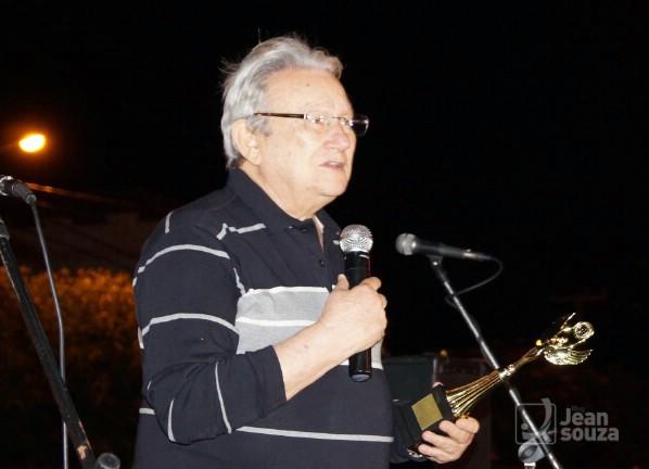 Siderley Menezes foi homenageado pelos universitários.