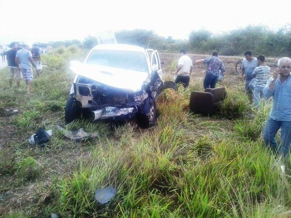 Acidente na Reta Tabajara envolvendo três veículos deixa um morto e seis feridos