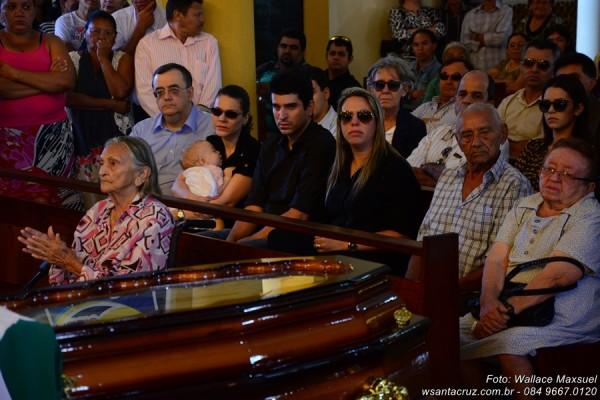 Missa solene na Matriz de Santa Rita. (Foto: Wallace Maxsuel).