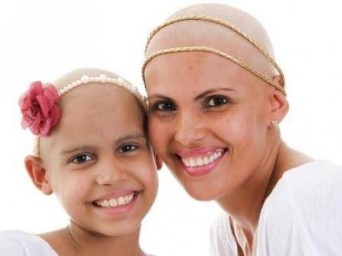 Sara vem numa luta incansável pela cura contra a Leucemia.