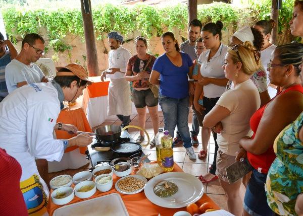 O Chef curraisnovense Walter Dantas foi convidado para ministrar oficinas gastronômicas na cidade de Goiás. (Foto: Mazilton Galvão).