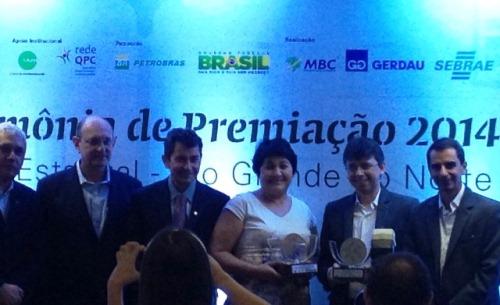 Fátima Meneses com representantes do SEBRAE.