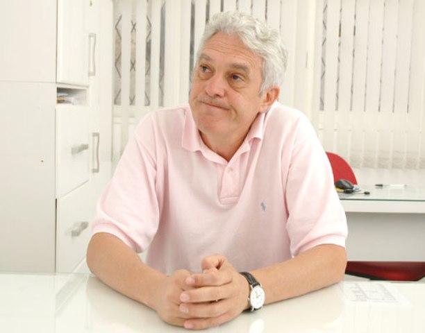 Com apenas uma presença em sessões plenárias, João Mais gastou mais de R$ 80 mil só com propaganda.