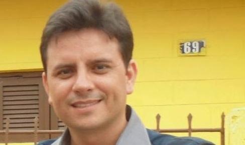 Carlos deseja fundar diretórios municipais e lançar candidatos a prefeito nas eleições de 2016.