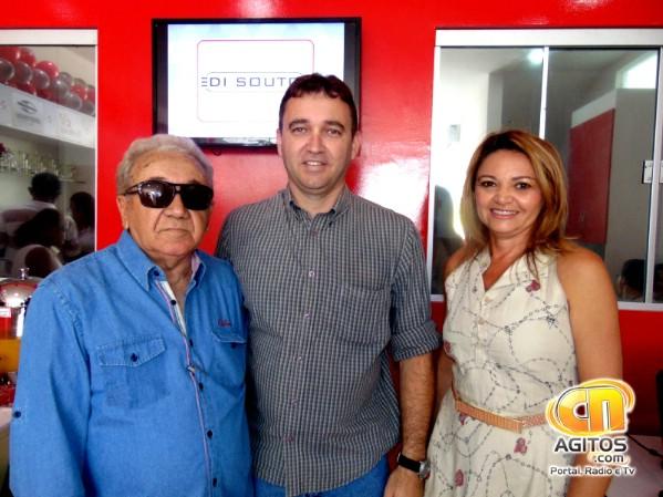 Erick do Ó e seu pai Manoel do Ó receberam a visita de Francisca Felipe (Lourinha), presidente da CDL C. Novos.