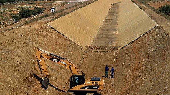 Obras de transposição do Rio São Francisco já foram afetadas (Cristiano Mariz/VEJA).