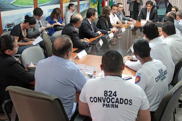 SEGURANÇA: Governo anula psicotestes e cria comissão para reavaliar candidatos de concurso da PM