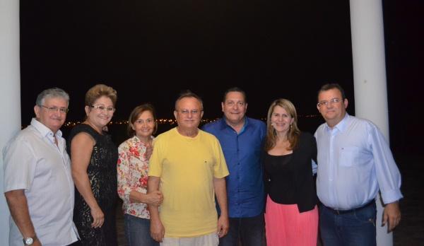 Em Currais Novos, Ezequiel se reuniu com o prefeito Vilton Cunha e vereadores da cidade.