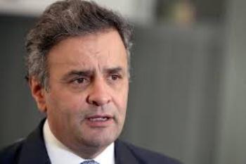 Após denúncia da Folha, Aécio diz ver motivo 'extremamente forte' para impeachment de Dilma