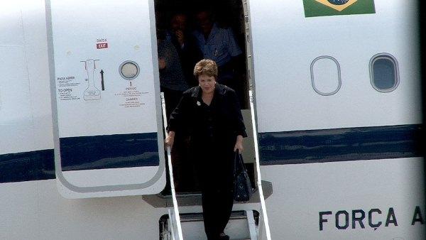 Internet de Dilma no avião custou R$ 2,3 milhões