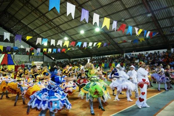 FORRONOVOS 2015: Prefeitura divulga regulamento e inscrições para festival de quadrilhas