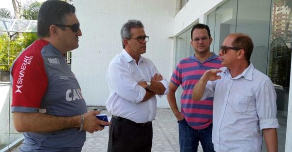 AMÉRICA: Hermano Morais toma posse como presidente do time