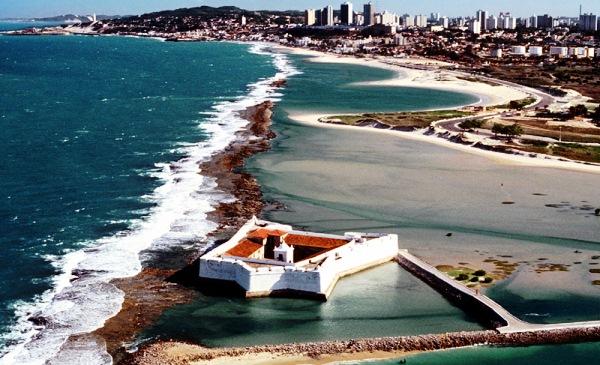 Lei obriga contratação de guias de turismo em Natal