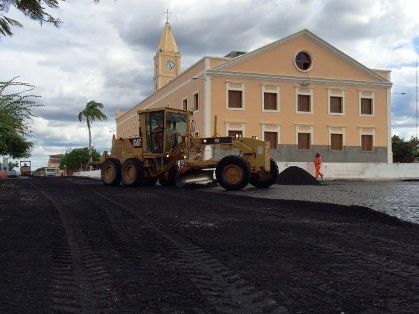 Florânia recebe pavimentação asfáltica