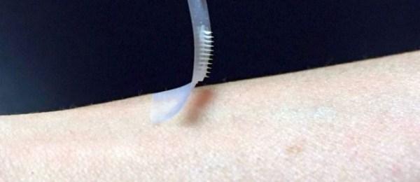 Cientistas criam adesivo inteligente que pode substituir injeções de insulina