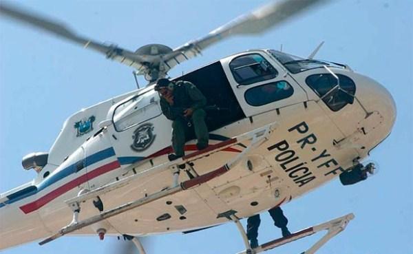 Helicóptero Potiguar 1 foi usado na operação (Foto: Canindé Soares)