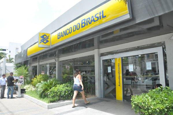 Banco do Brasil abre concurso com 300 vagas