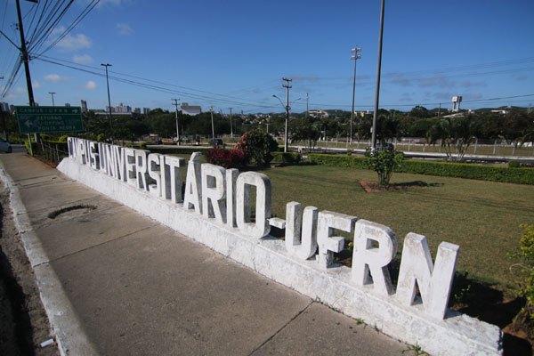 UFRN realiza concurso para professores; salários de até R$ 9 mil