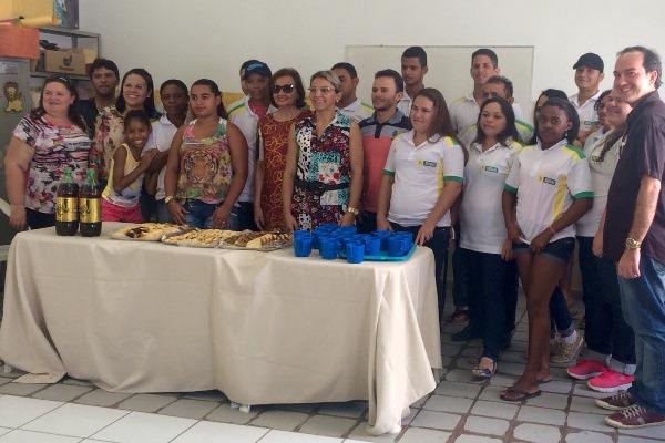 Prefeitura e SENAI formam 60 alunos do curso de pintor de obras