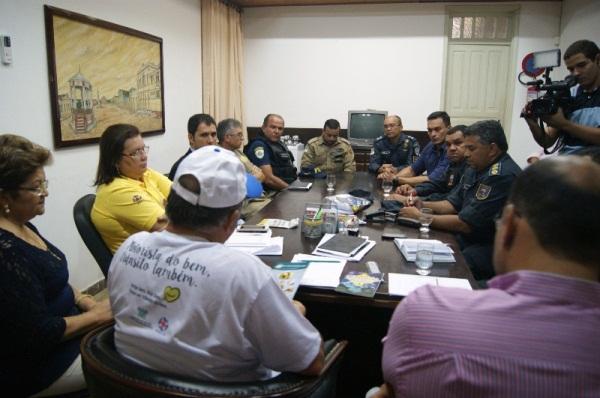Vilton Cunha se reúne com representantes da segurança estadual e pede empenho nas ações para garantir tranquilidade nas festividades