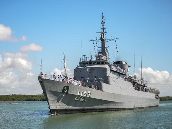 Marinha abre navio-escola para visitação no porto de Natal