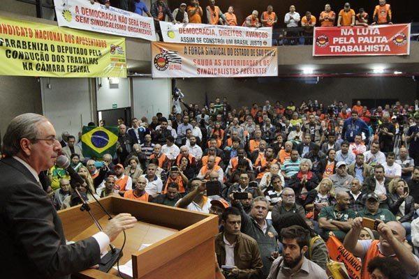 Presidente da Câmara dos Deputados, Eduardo Cunha participa de ato promovido pela Força Sindical e diz não temer denúncias