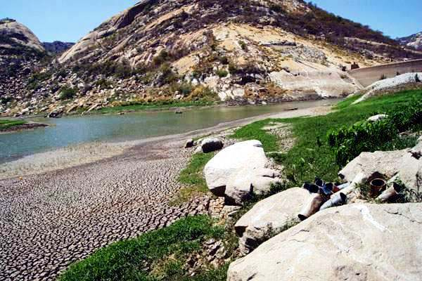 Dia 7 de setembro a Caern vai encerrar a captação do reservatório para Acari e Currais Novos - (Foto: João Bezerra Júnior)