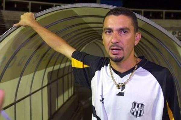Ex-jogador do Corinthians é preso por assalto a banco