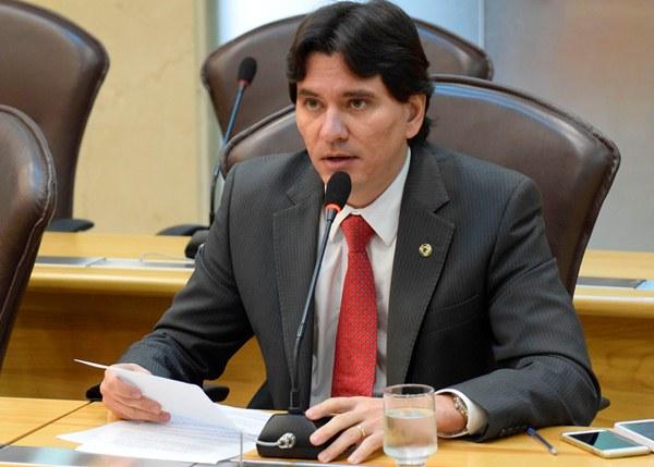 George Soares faz alerta sobre situação de estradas no interior do RN