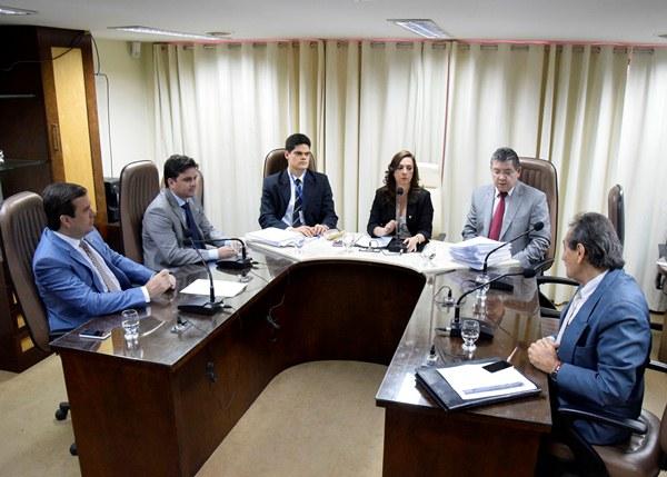 CCJ aprova redação final de leis para sanção governamental
