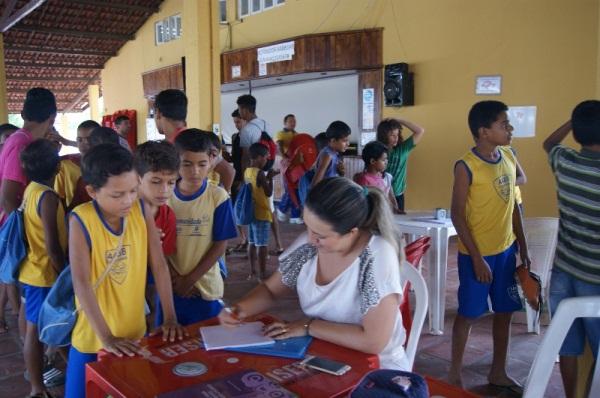 """Prefeitura realiza ações de saúde com 300 crianças e adolescentes da """"AABB Comunidade"""""""