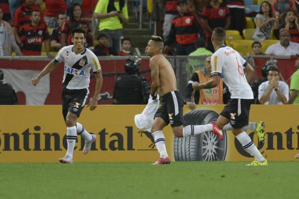 VIROU FREGUÊS: Vasco despacha Flamengo na copa do Brasil